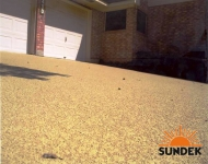 Sundek-SunSplash-acrylic-spray-texture-coating-on-driveway